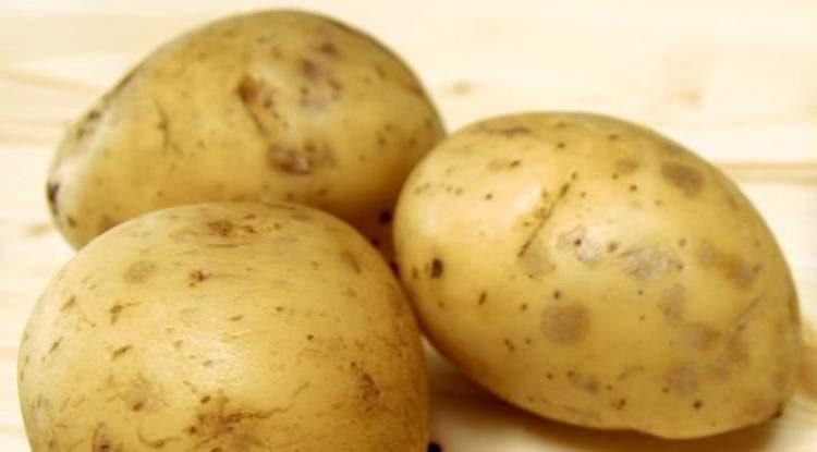 моем три картошки