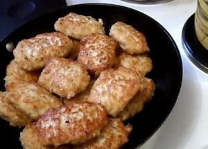 Котлеты куриные с овсяными хлопьями по пошаговому рецепту с фото