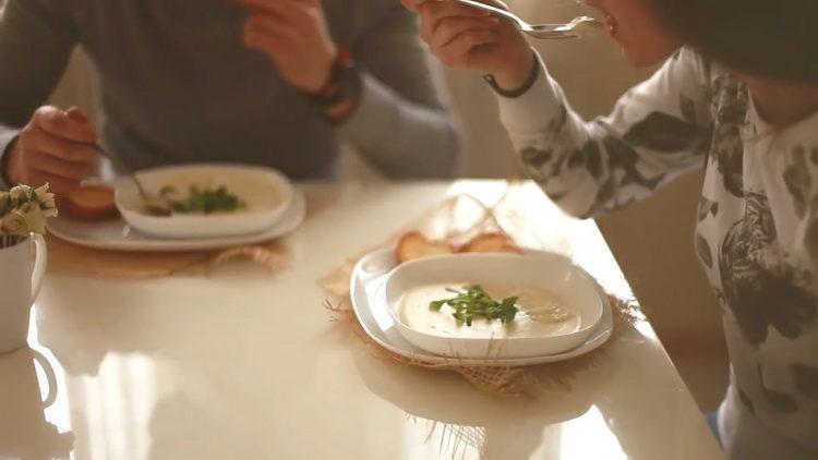 Ароматный и очень вкусный крем-суп - простой рецепт