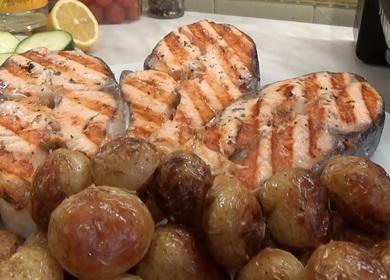 Ароматный и вкусный стейк 🥝 лосося на гриле